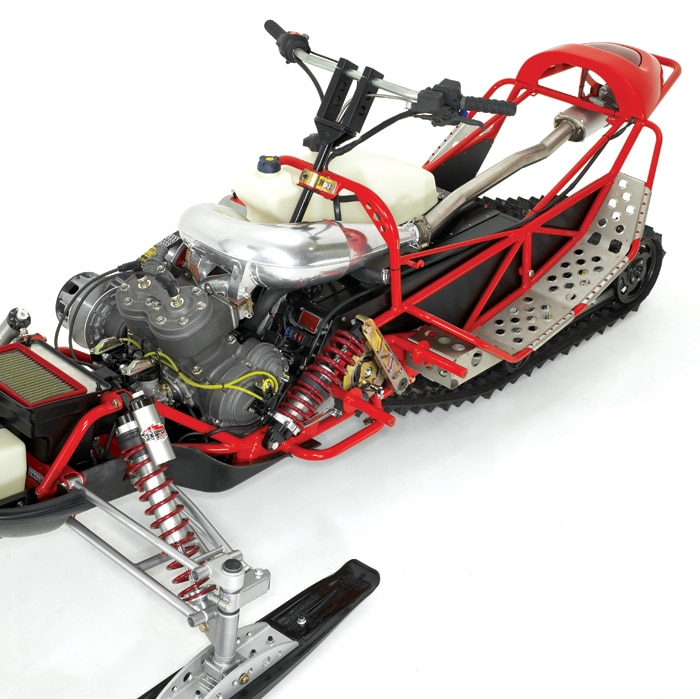 Redline Snowmobiles 800 Revolt