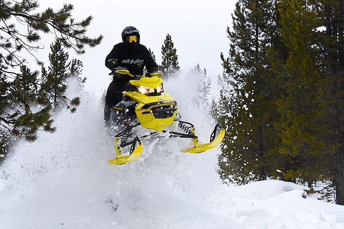 2022 Ski-Doo Renegade X-RS 850 E-TEC with Smart Shox