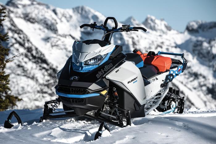 2022 Ski-Doo Summit Edge