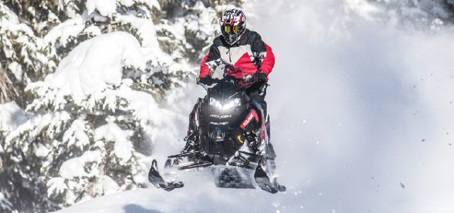2018 Polaris Switchback XCR – FIRST RIDE!