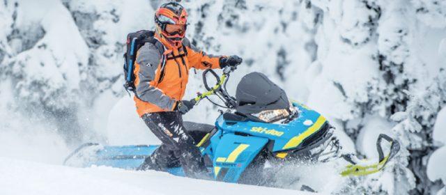 First Ride!  2018 Ski-Doo Summit X & Freeride