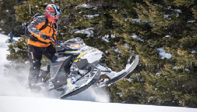 2017 Ski-Doo Summit 850 E-TEC: Long Term Test